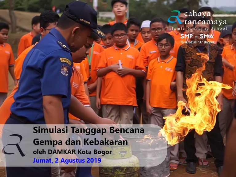 Simulasi Tanggap Bencana Gempa dan Kebakaran – oleh DAMKAR Kota Bogor